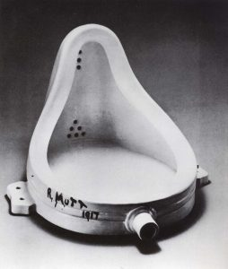 "Marcel Duchamp, ""Fountain"", 1917 Orinatoio maschile"